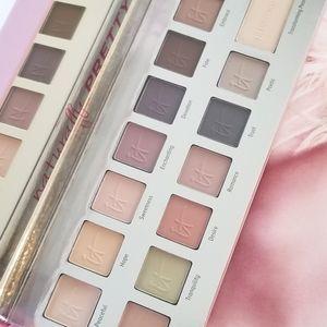 IT COSMETICS Naturally Pretty Matte Luxe Eyeshadow